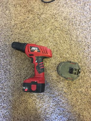 Skill drill with extra battery no charger for Sale in Bloomington, IN