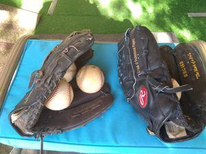 Baseball gloves for Sale in Glendale, AZ