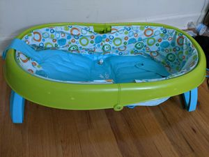 Summer bath tub for babies for Sale in Edison, NJ