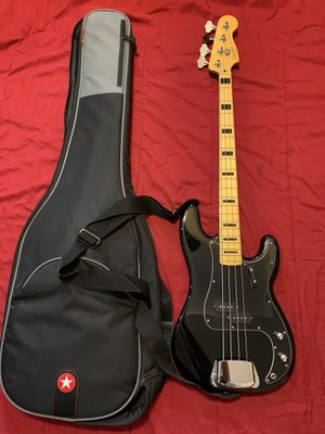 Bass Guitar for Sale in Donna, TX