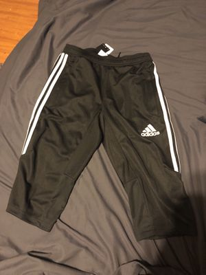 Adidas 3/4 soccer pants for Sale in Crownsville, MD