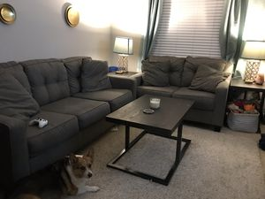 Couch and love seat (living room set) for Sale in Rockville, MD