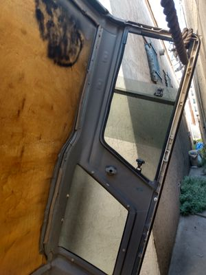 Toyota 4 Runner camper shell for Sale in Los Angeles, CA