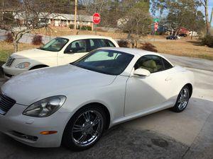 "18"" chrome rim with good tire 245/45/18 for Sale in Jonesboro, GA"
