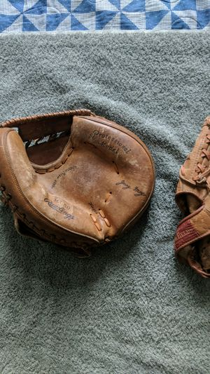 Two vintage style baseball gloves. Catchers mitt and fielders glove. for Sale in Oviedo, FL