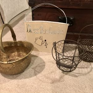 Metal Wire Baskets Plant Holders, Brass Handled Container, Metal Wall Basket for Sale in Bonney Lake, WA