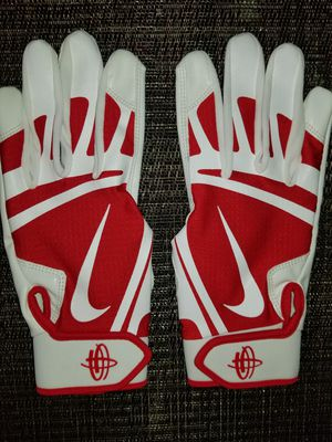 Brand New Nike Huarache Edge Red White Baseball Batting gloves Adult Medium for Sale in West Covina, CA