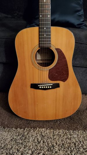 Acoustic guitar for Sale in Yorba Linda, CA
