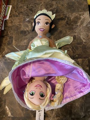 """Disney Parks 2 in 1 Reversible Tangled Princess & The Frog Soft Plush 18"""" Doll. From smoke and pet free home. for Sale in Algonquin, IL"""