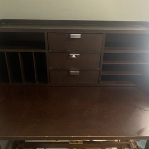 Desk with Pull Out Leaf for Sale in Everett, WA