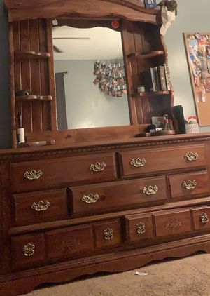 huge dresser with mirror for Sale in Clinton, MS