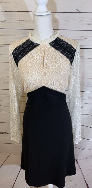 Nanette Lepore Black And White Lace Dress Size 12 for Sale in El Paso, TX