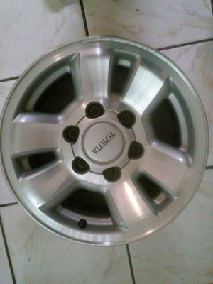 """Toyota Tacoma or Toyota 4runner Rims 6lugs set of4 15"""" for Sale in Los Angeles, CA"""