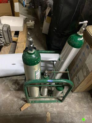 5 O2 Oxygen Bottles and 6 place floor stand for Sale in Tempe, AZ