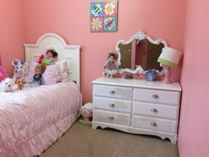 Bedroom Set for Sale in Bonney Lake, WA