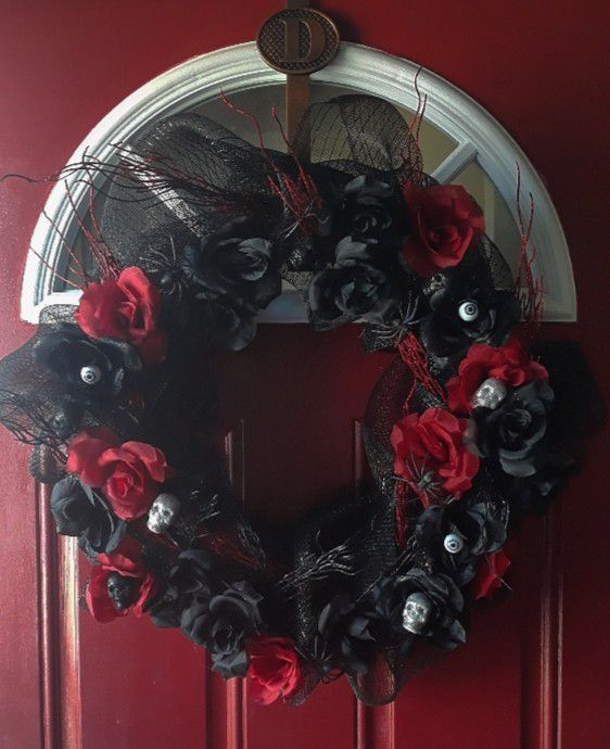 Red and Black Gothic Halloween Wreath