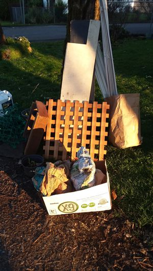 Free pile for Sale in Portland, OR