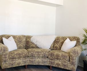 Vintage Corner Sofa for Sale in Tomball,  TX