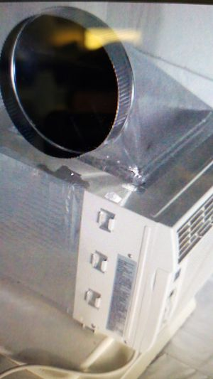 Frigidair 5k BTU window ac dual hose for Sale in San Diego, CA