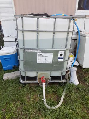 330 gallon bait tank for Sale in Mansfield, OH