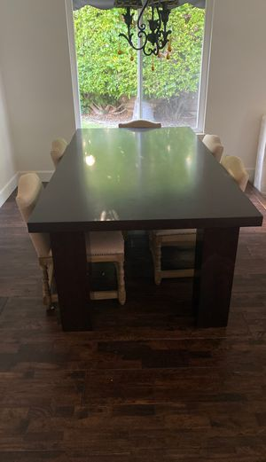 6 person dining table for Sale in Costa Mesa, CA