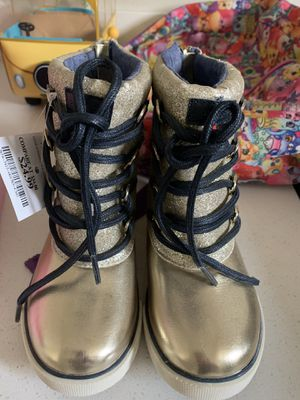 Girls - size 11 boots and sandals for Sale in Jurupa Valley, CA