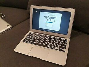 Apple laptop for Sale in Allenton, MI