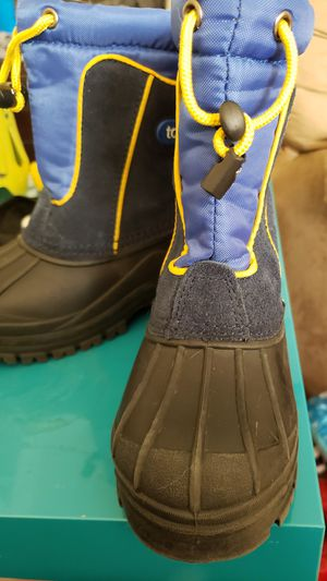Totes Toddler Snow Boot Size 11m for Sale in Philadelphia, PA