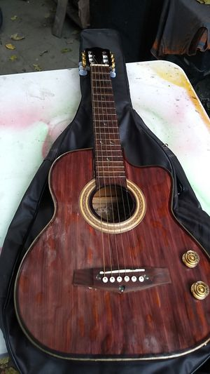 Electro-acoustic guitar for Sale in Compton, CA
