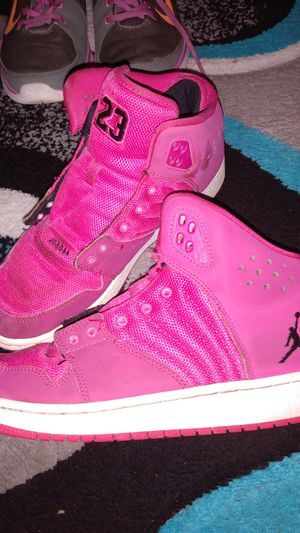 Pink retro Jordans size 6 youth for Sale in Port Richey, FL