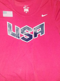Nike Size Medium T-shirt for Sale in Indianapolis,  IN