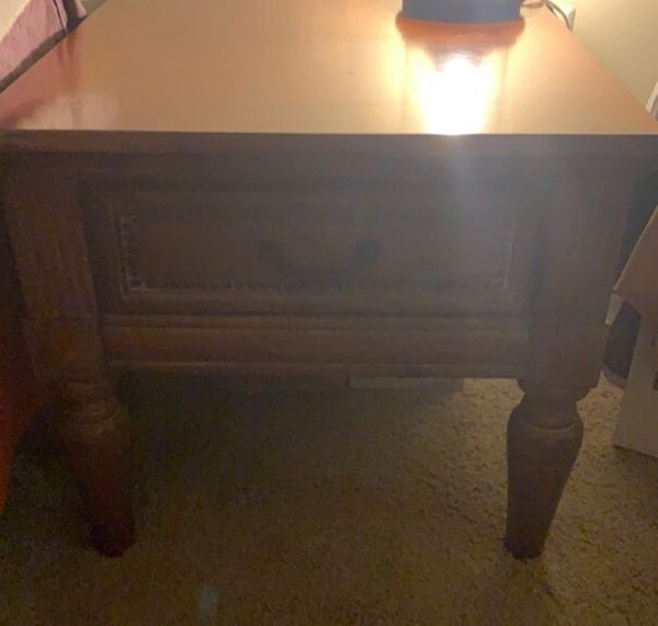 Night stand / end table set