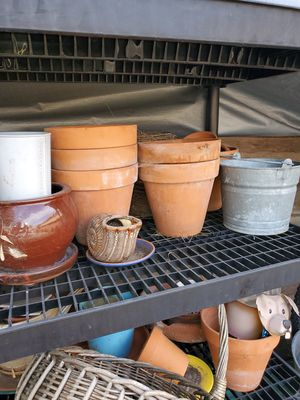Flower pots assorted 10pc for Sale in Los Angeles, CA
