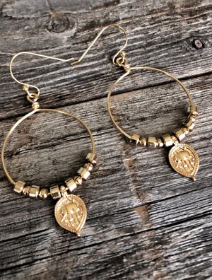 Moroccan gold wire hoop elephant earrings for Sale in Del Valle, TX