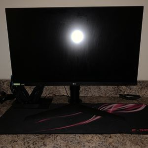 "LG 27GL63T Ultragear 27"" Class FHD IPS G-Sync Compatible Gaming Monitor 144hz, 1ms Response Time, 1080p. for Sale in Charlotte, NC"
