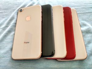 iPhone 8 64GB excellent condition wholesale lot of 5 phones for Sale in North Miami Beach, FL