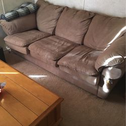Free Couch for Sale in Oakdale,  PA