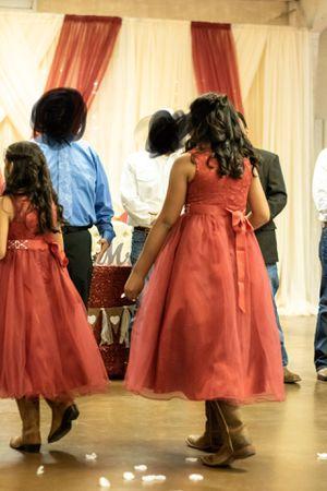 Flower girl/ Jr bridesmaid dresses for Sale in Del Valle, TX