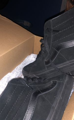 size 8.5 all black vans suede for Sale in Harlingen, TX