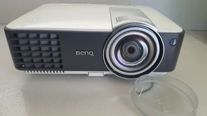 Benq MX819st Short Throw Projector HDMI for Sale in Miami Shores, FL