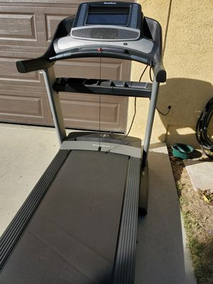 NordicTrack Commercial 2450 Treadmill for Sale in Banning, CA