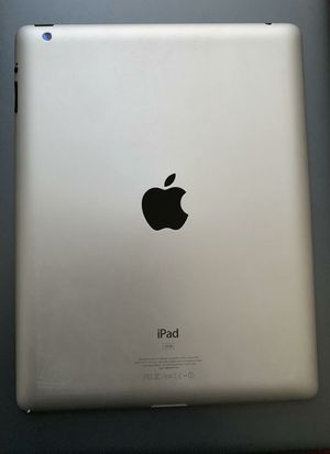 Apple iPad 4, 4thGeneration 32GB, 9.7 inch Usable with Wi-Fi and all Company Carrier SIM for Sale in Springfield, VA