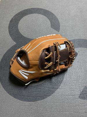 Easton Professional Series Baseball Glove for Sale in Pearland, TX