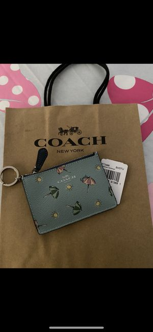 Coach coinpurse zip w card for Sale in Ontario, CA