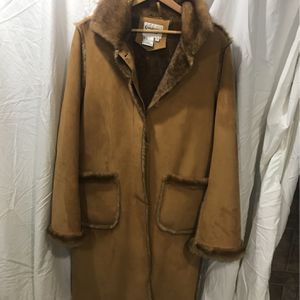 Scandinavian Faux Fur Shearling Coat for Sale in Naperville, IL