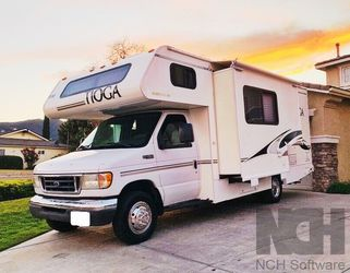 2003 Fleetwood Tioga Excellent for Sale in Obetz,  OH