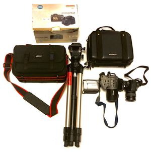 Big Digital Camera and Camcorder bulk Sale for Sale in Miami, FL