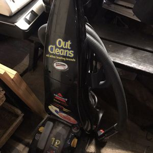Bissell Carpet Cleaner for Sale in Pataskala, OH