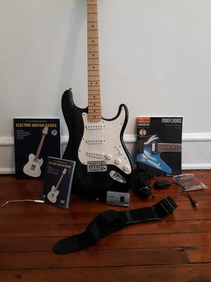 Starcaster guitar w/bag and accessories. for Sale in Richmond, VA