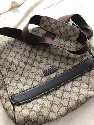 Gucci messenger bag for Sale in Orlando, FL